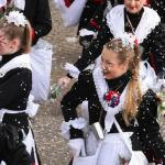【ドイツ観光】お菓子の雨が降るケルンのカーニバルパレード
