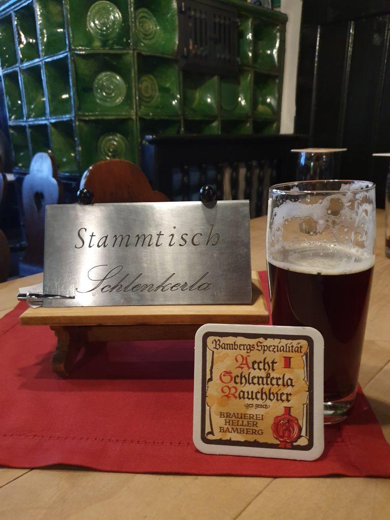 ビールで有名なバンベルク、名物の『ラオホビア』老舗のシュレンケルラについて、現地バンベルクからご紹介します。 ぜひ一度は飲んでいただきたいラオホと醸造所についてです。